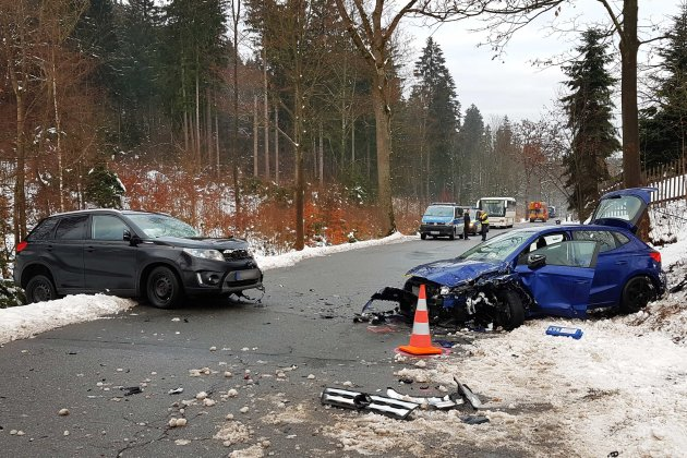 Fünf Verletzte bei schwerem Unfall bei Sosa