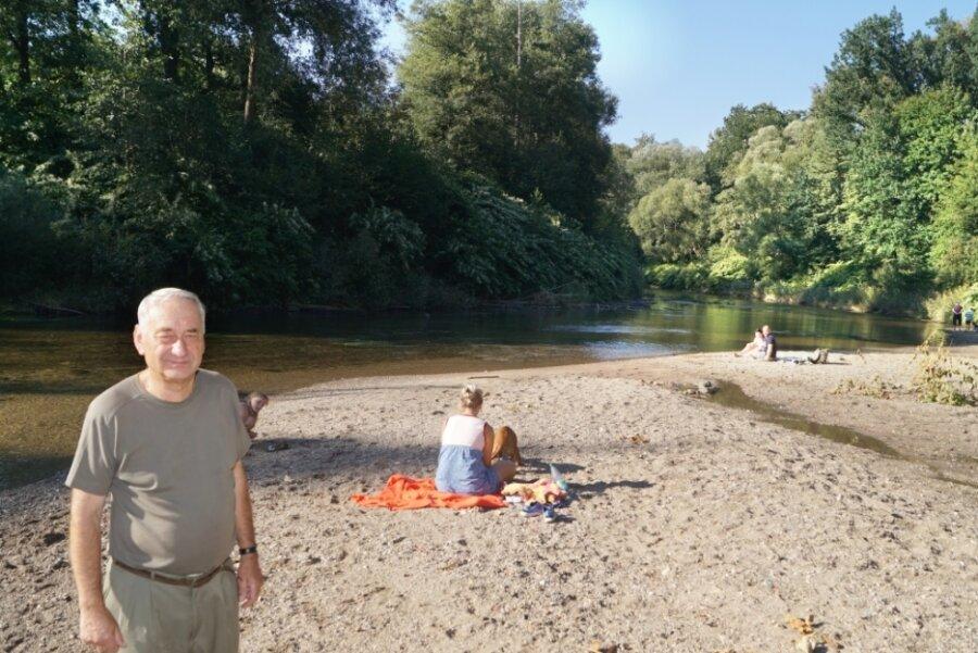 Karl-Heinz Thuß hat nichts dagegen, wenn Erholungsuchende am Muldenstrand die Natur genießen. Allerdings hat er kein Verständnis für nächtliche Parties in diesem Schutzgebiet.