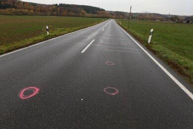 An dieser Stelle wurde der Radfahrer von dem Pkw frontal erfasst.