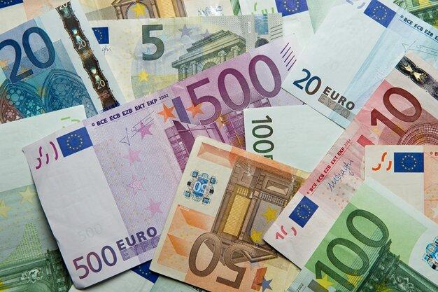Hoher Geldbetrag aus Fleischerei gestohlen