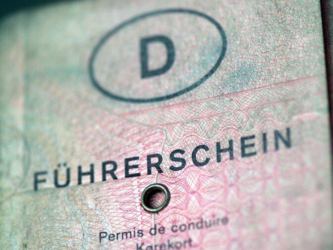 Ansturm auf Führerscheinstelle in Mittelsachsen: Amt erweitert Öffnungszeiten