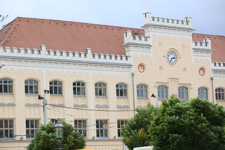 Die Zwickauer Stadtverwaltung und Oberbürgermeisterin Pia Findeiß (SPD) haben keine Anweisungen für einen erneuten Corona-Lockdown erhalten.