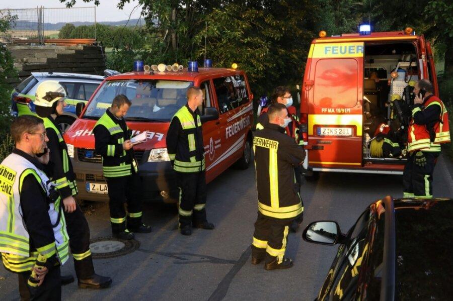 Dorfbach plötzlich grün - Gefahrguteinsatz in Remse