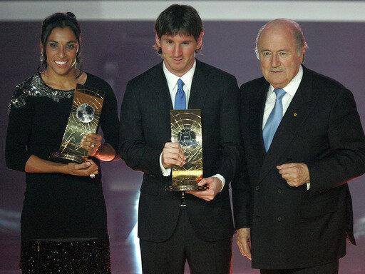 Weltfußballer des Jahres 2009: Marta und Lionel Messi (M.)