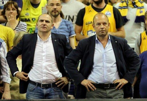 Alba-Sportchef Ojega (l.) und CEO Baldi kaufen ein