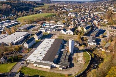 An der Grünthaler Straße gegenüber dem Abzweig zur Dörfelstraße will Lidl eine neue Filiale bauen. Das Gewerbegebäude auf dem Grundstück, daszuletzt als Lager diente, soll abgerissen werden.