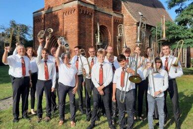 Erst kürzlich war der Posaunenchor Erlau von seiner jährlichen Bläserfahrt aus dem brandenburgischen Havelland zurückgekehrt. Der Altersdurchschnitt von 30 Jahren zeigt, dass diese traditionelle Freizeit besonders bei den jüngeren Chormitgliedern sehr beliebt ist.