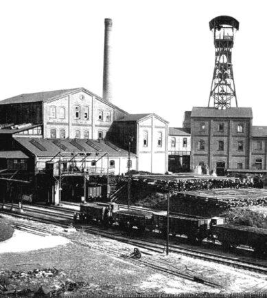 Der Morgensternschacht III (Martin-Hoop-Schacht III) war vor 1914 zeitweilig mit 1080 Metern der tiefste Schacht Deutschlands. Hier wurde die Steinkohle in die Güterwagen der Brückenberg-Kohlenbahn verladen (um 1928).