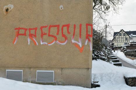 Graffitto am Trafohaus Am Silberberg in Kleinvoigtsberg.
