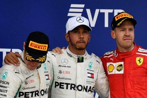 Hamilton (Mi.) und Vettel (r.) waren nicht glücklich