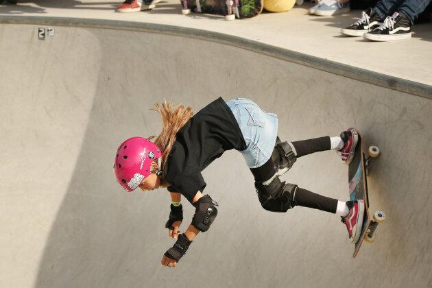 Lilly Stoephasius bei einem ihrer Läufe im Skatepark.
