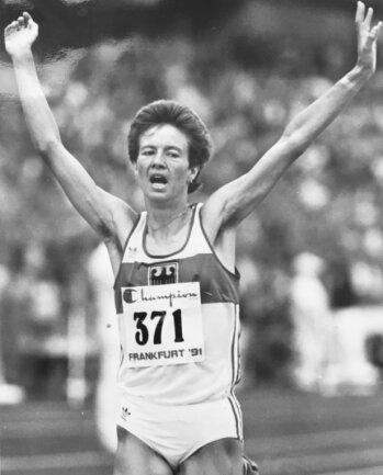1991: Kathrin Ullrich läuft deutschen Rekord über 10.000 Meter. Dieser hielt fast drei Jahrzehnte.