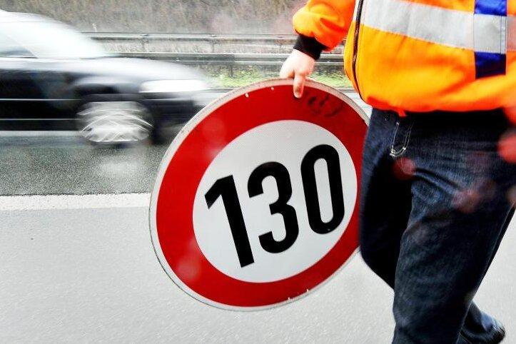 Tempolimit auf Autobahnen: Sachsen enthält sich im Bundesrat