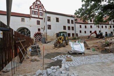 Im zweiten Bauabschnitt wird derzeit zwischen Hirschgrundbrücke und Schloss gebaut.