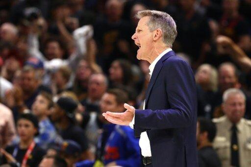 Steve Kerr bleibt offenbar bei den Golden State Warriors