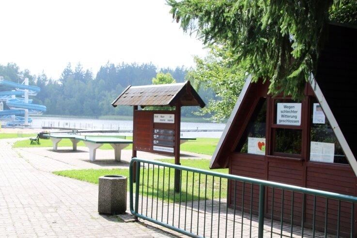 Das Erzengler-Bad in Brand-Erbisdorf hat aufgrund der Witterung die Tore geschlossen.