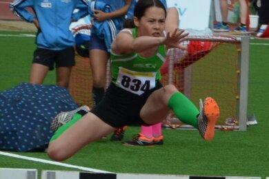 Annika Mai vom Freiberger PSV erkämpfte bei den Mehrkampf-Regionalmeisterschaften in Stollberg mit ihrem Team Silber.