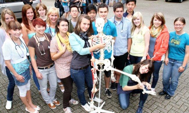 Schüler des Englisch-Biologie-Kurses des Werdauer Humboldt-Gymnasiums haben sich an der Uni-Studie beteiligt.