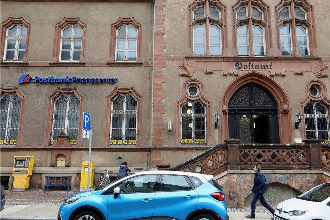 Dem markanten Postgebäude droht der Leerstand.