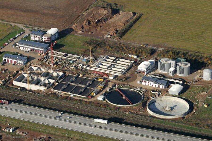 Die größte Kläranlage im Gebiet des AZV befindet sich in Weidensdorf bei Glauchau.
