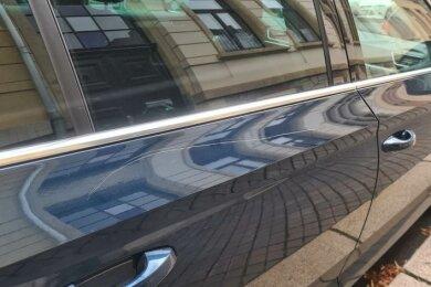 Erneut sind in Zwickau mehrere Fahrzeuge zerkratzt worden.