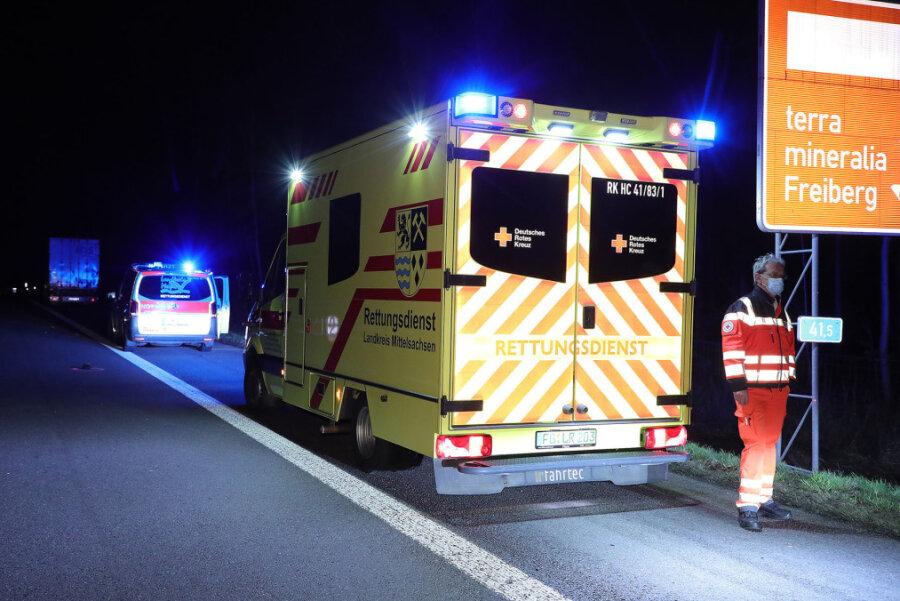 Ein Toter bei Lastwagenunfall auf der A 4 bei Siebenlehn