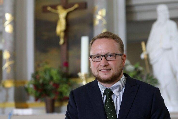 Philipp Körner wird künftig regelmäßig in der Niederlungwitzer Kirche Gottesdienste halten.