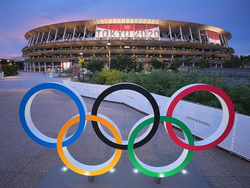 Die Eröffnungsfeier findet im Olympiastadion von Tokio statt.