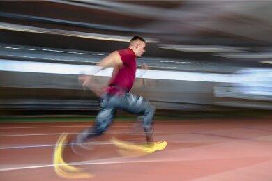 """Drei bis vier Stunden Sprint- und Krafttraining stehen täglich auf Candy Bauers Programm. """"Man muss dabei auf die Zeichen hören, die einem der Körper gibt"""", sagt der mittlerweile vierfache Weltmeister und Olympiasieger von 2018."""