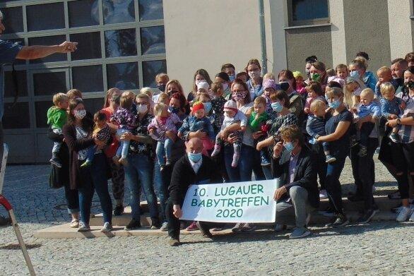 So wird Bernd Franke in Erinnerung bleiben. Als Fotograf war der Lugauer in seinem Element - hier beim Babytreffen im September 2020.