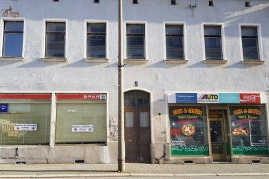 Leerstehende Läden im Oelsnitzer Stadtzentrum.