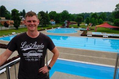 Kevin Marschlich und sein neues Reich. Seit dieser Saison ist der 31-Jährige Leiter des Freibads in Oberreichenbach. Als langjähriger Mitarbeiter kennt er die Einrichtung aus der Effeff..