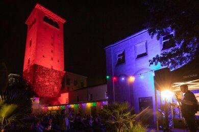 """Die Lasershow in Waldenburg sorgte für ein besonderes Flair. Der """"Sommernachtstraum"""" war mit 200 Besuchern ausverkauft."""