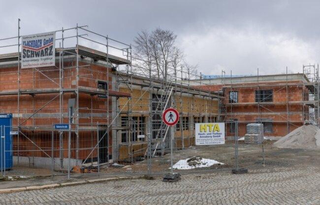 Der Neubau des neuen Feuerwehrdepots in Geyer soll 2021 abgeschlossen werden. Zurzeit läuft der Innenausbau.