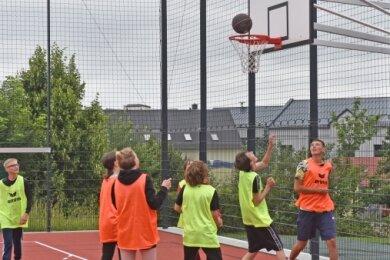 Am Montag stand auf dem Stundenplan der Oberschüler eine erste Trainingseinheit in den Ballsportarten.