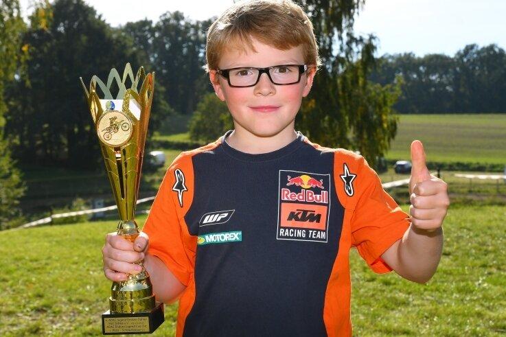Nach seinem dritten Tagessieg ist Dustin Schirmer Platz 1 im Enduro-Jugend-Cup Ost kaum noch zu nehmen.