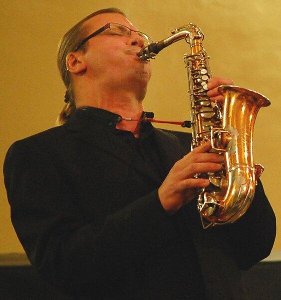 """<p class=""""artikelinhalt"""">Volker Schlott hatte am Samstag in Oelsnitz ein Heimspiel, denn er wurde 1958 in der Stadt geboren. </p>"""