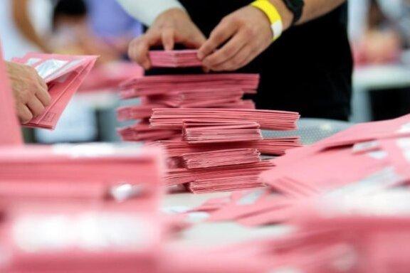 Prognose: Union und SPD bei Bundestagswahl gleichauf