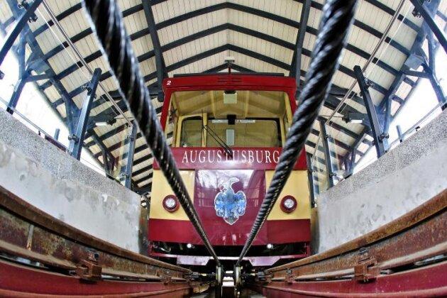 Drahtseilbahn fährt wieder