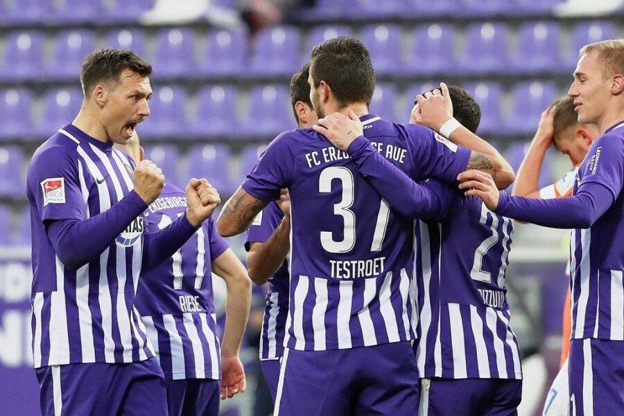 Drei Tore gab es für die Veilchen im letzten Heimspiel gegen Darmstadt zu bejubeln. Sind sie auch gegen Regensburg so gierig?