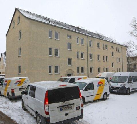 Im Objekt Friedrich-Ebert-Straße 2b und 2c in Glauchau haben die Modernisierungsarbeiten begonnen.