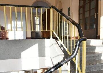 Die dritte Etage erinnert noch an die frühere Nutzung des Objektes als Schule. Hier soll die Bibliothek einziehen. Doch das Vorhaben muss nun warten.