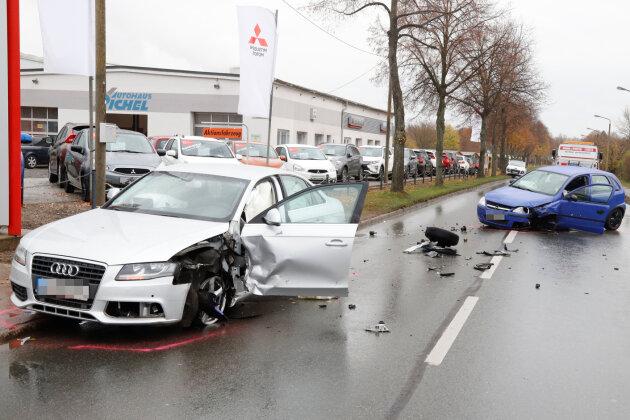Audi kollidiert mit Opel