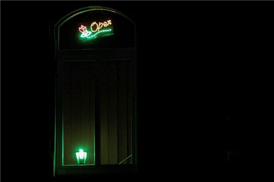 Obwohl hohe Bußgelder drohen, bieten einige Prostituierte im Lockdown ihre Dienste an. Zwickau hat 15 Fälle geahndet.