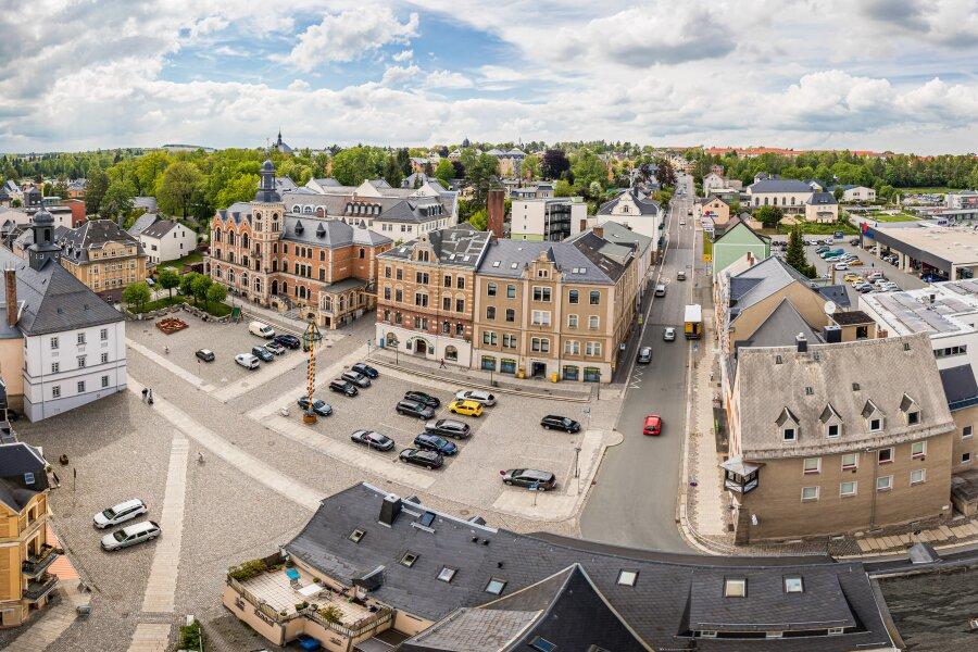 Der Marktplatz und die Hohensteiner Straße in Stollberg im Mai 2019.
