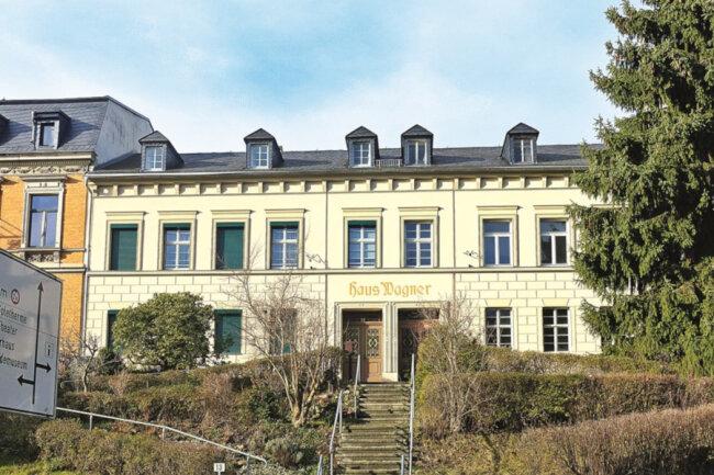 Denkmalg. Mehrfamilienhaus in Bad Elster / Mindestgebot 25.000 Euro