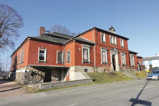 Denkmalg. Wohn- und Geschäftshaus in Auerbach Vogtland / Mindestgebot 35.000 Euro