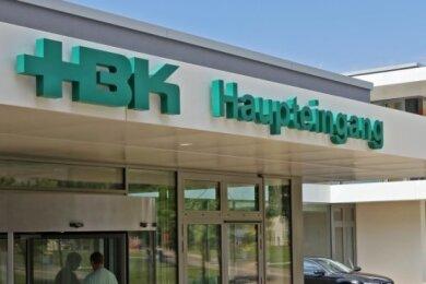 Haupteingang des Zwickauer Heinrich-Braun-Klinikums (HBK)