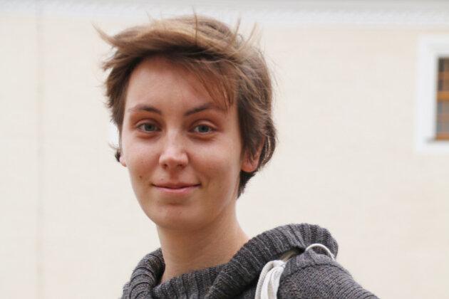 Sabine Goebel wird Unterricht auf dem Eis geben.