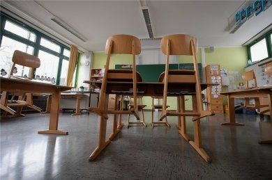 Durch das geplante Infektionsschutzgesetz des Bundes müssten Schulen und Kitas ab einer Inzidenz von 165 schließen.